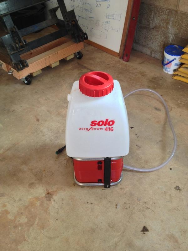 Solo Sprayer 416.jpg