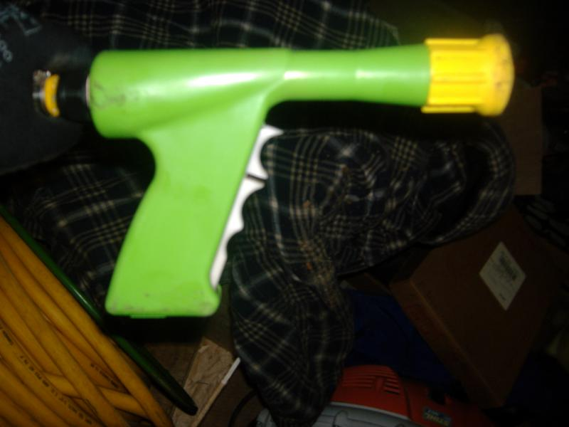 spray hose and gun 006.jpg