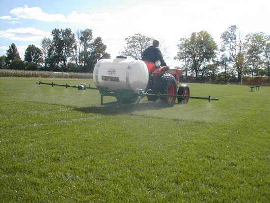 sprayer rear spraying.jpg