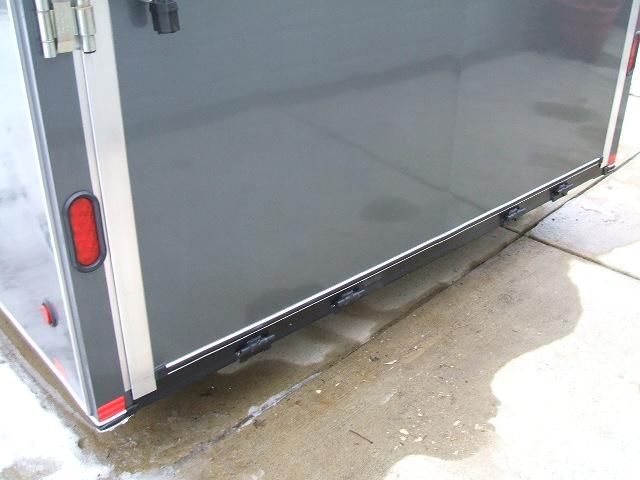 trailer bottom 001.jpg
