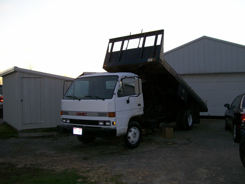 truck gmc.jpg
