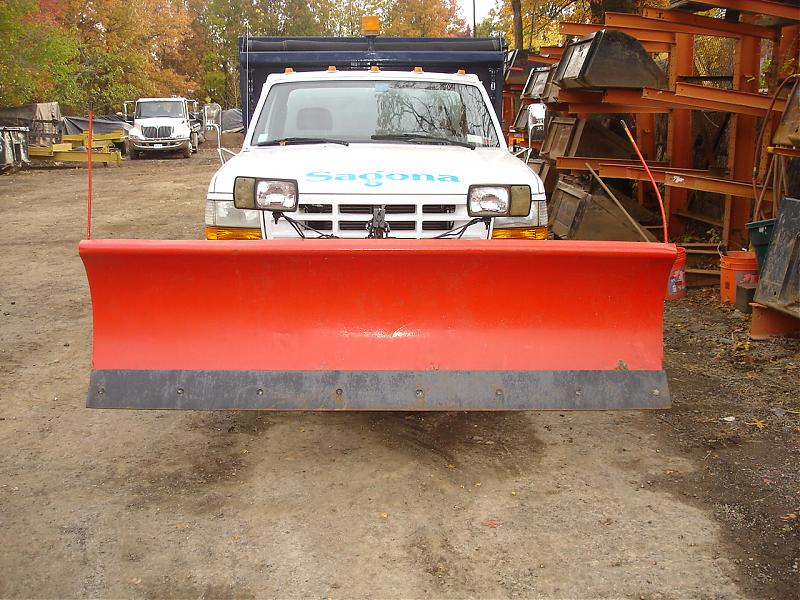 TRUCK PLOW AND SPREADER 019.jpg