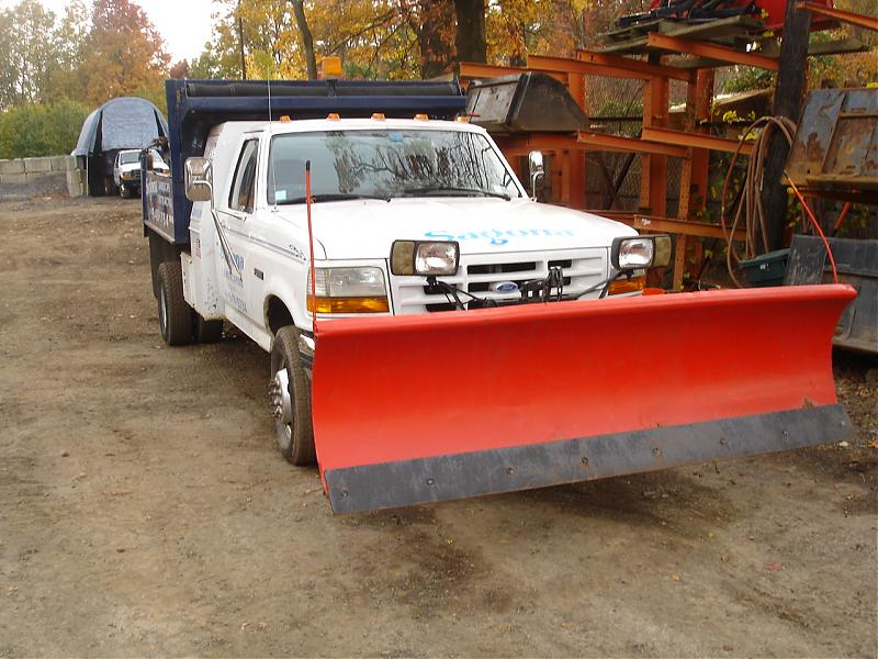 TRUCK PLOW AND SPREADER 025.jpg