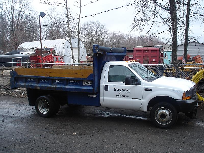 TRUCK PLOW AND SPREADER 223.jpg