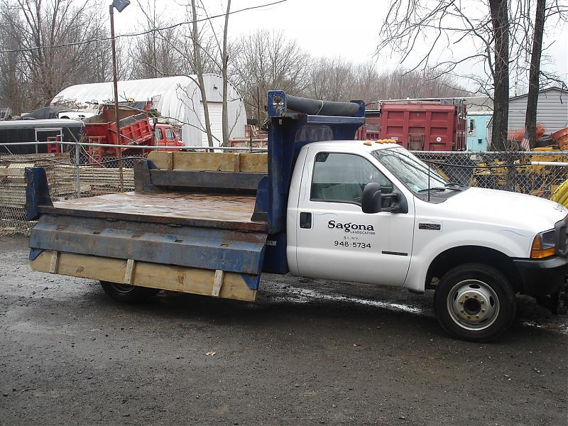 TRUCK PLOW AND SPREADER 225.jpg