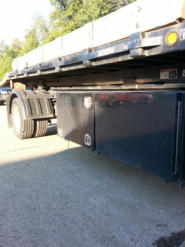 Truckb_resized_1.jpg