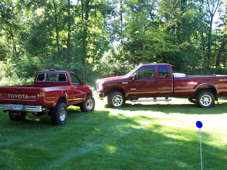 trucks01.JPG