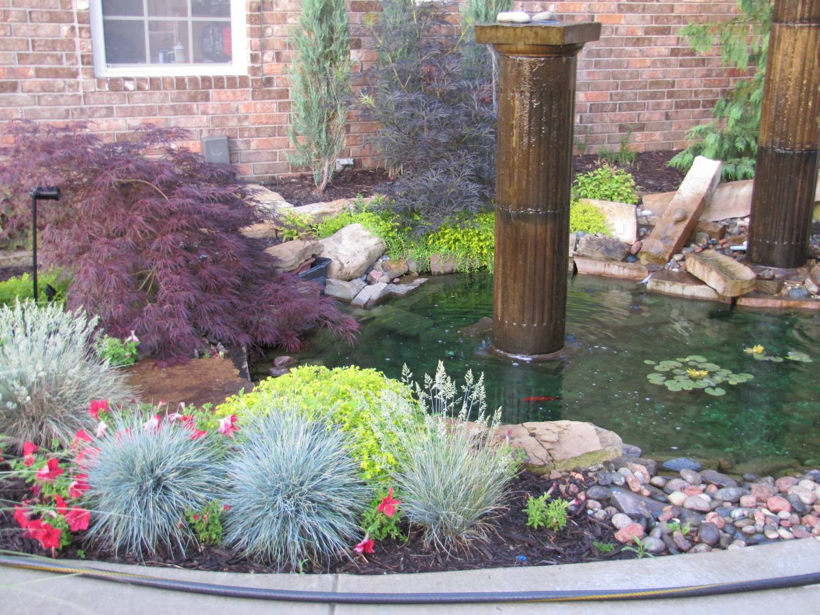 waterfeature installation and pond install in washingtonstate (4).JPG