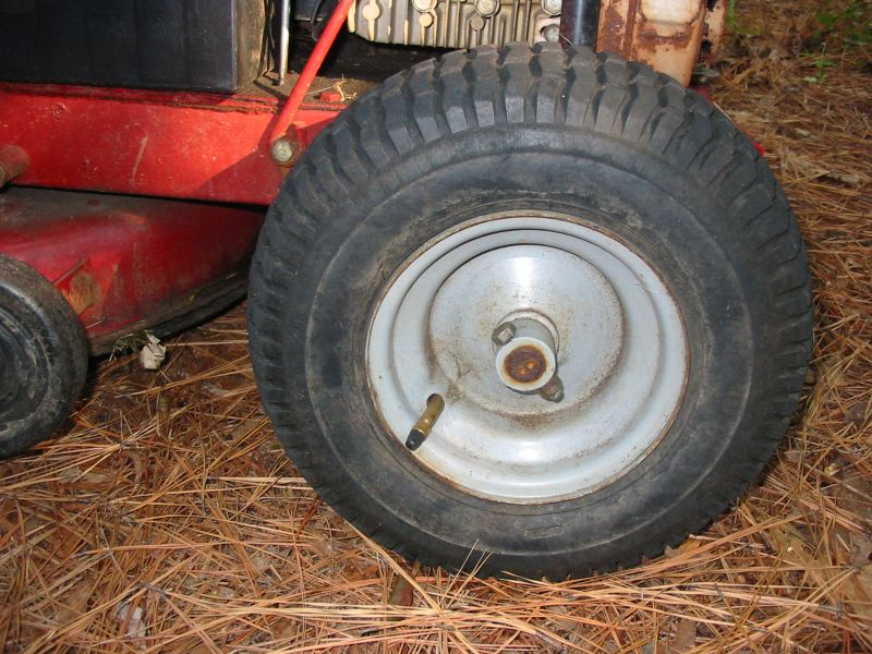 Wheelhorse tire.jpg