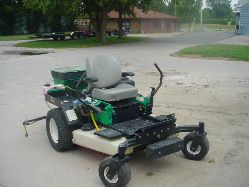 Z-two sprayer spreader 001.jpg